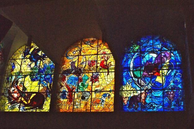 De zegen in de ramen van Chagall | Glaskunst: Marc Chagall ... Chagall Glas In Lood