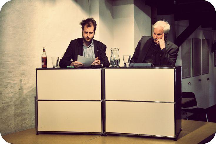 Demokratisierung Literaturkritik. Fluch oder Segen? Maras Nachbericht (Buzzaldrins Bücher – Literaturblog) zur Debatte im Literarischen zentrum Göttingen. Absolut lesenswert!