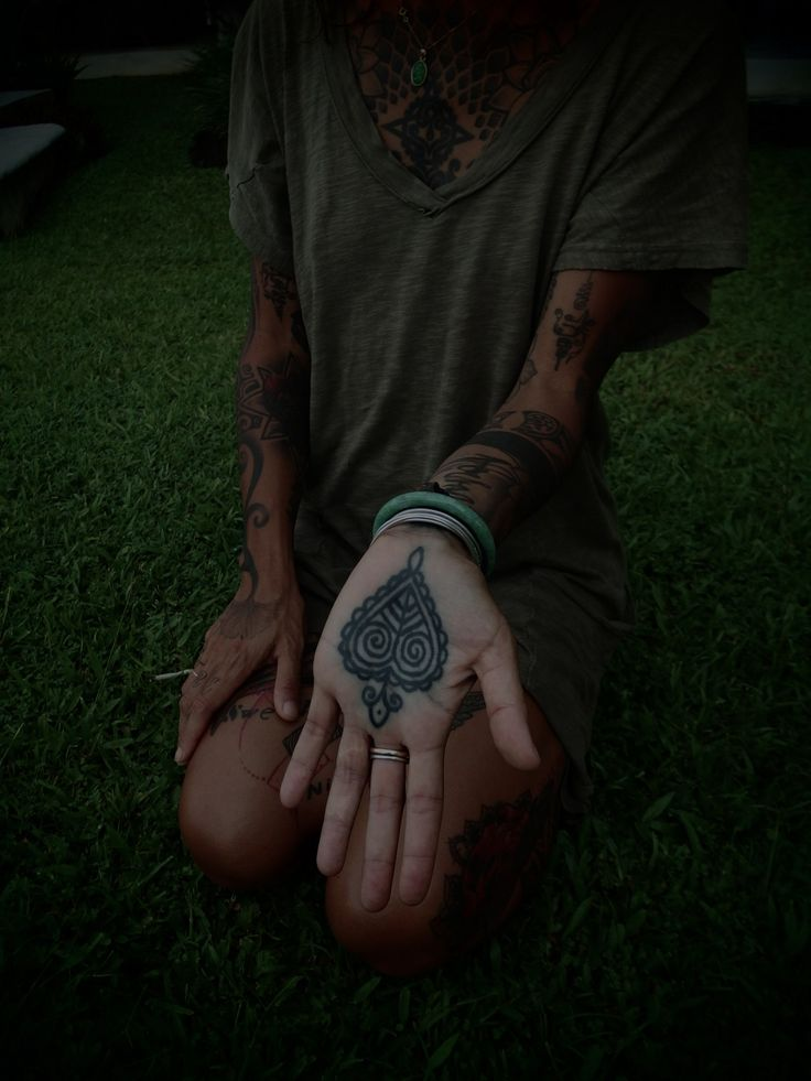 guy le tatooer.: I'm really liking the idea of Palm tattoos recently.
