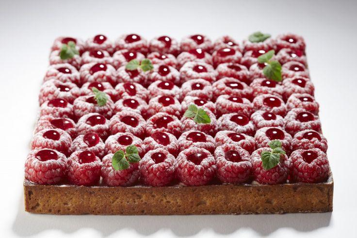 La Pâtisserie Cyril Lignac: Tarte framboises #FranceFR #Gastronomie #Pâtisserie