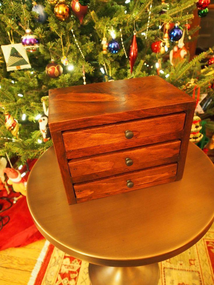 9 Free DIY Jewelry Box Plans: Ana White's Easy Jewelry Box Plan