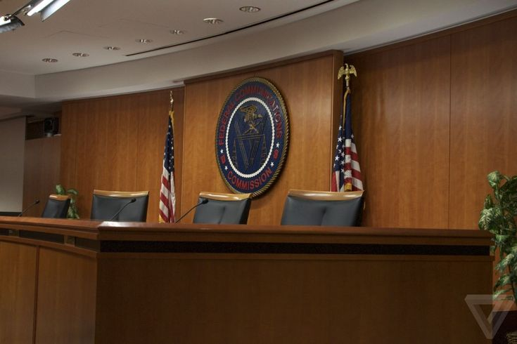 FCC seeks comment on whether it should continue halting internet subsidies for the poor
