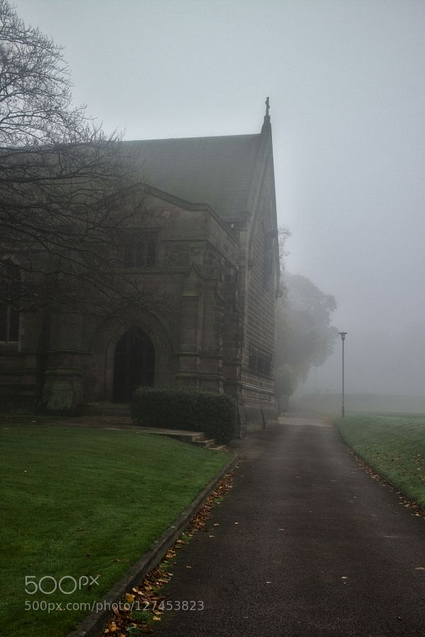 #architecturechurchderbyshireenglandfogoutdoorsukrepton school chapel #scottinnes (November 3 2015 at 12:11AM)