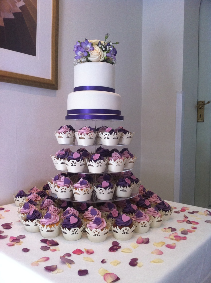 two tier cupcake wedding cake 21 best images about wedding cakes on bird 21336