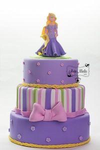 Bolo Falso Rapunzel