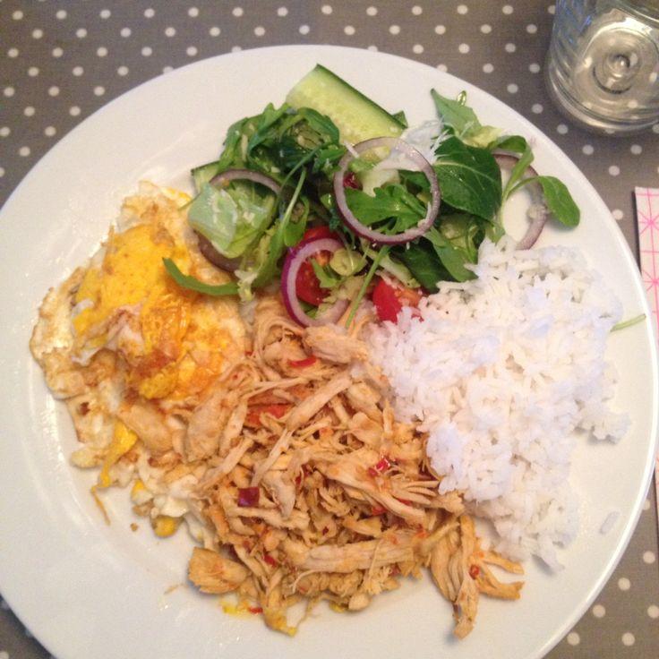 Ayam kenkur m/salat og ris