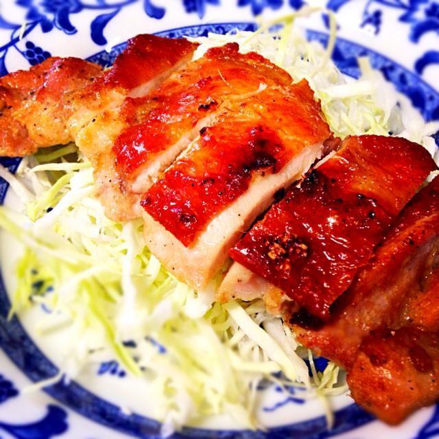 10月23日夕食メニュー ⚫︎鶏肉の照り焼き ⚫︎和風サラダ ⚫︎玉葱と卵の味噌汁 - 6件のもぐもぐ - 鶏肉の照り焼き by 下宿hirota&メゾンhirota