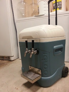 Homebrew Finds: Reader Photos: Rolling Kegerator using the Igloo Ice Cube MaxCold 70 Roller