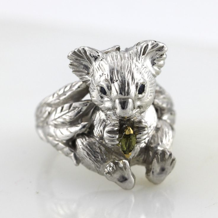 Koala full body silver ring with sapphire eyes and parti sapphire leaf set in 18k yellow gold