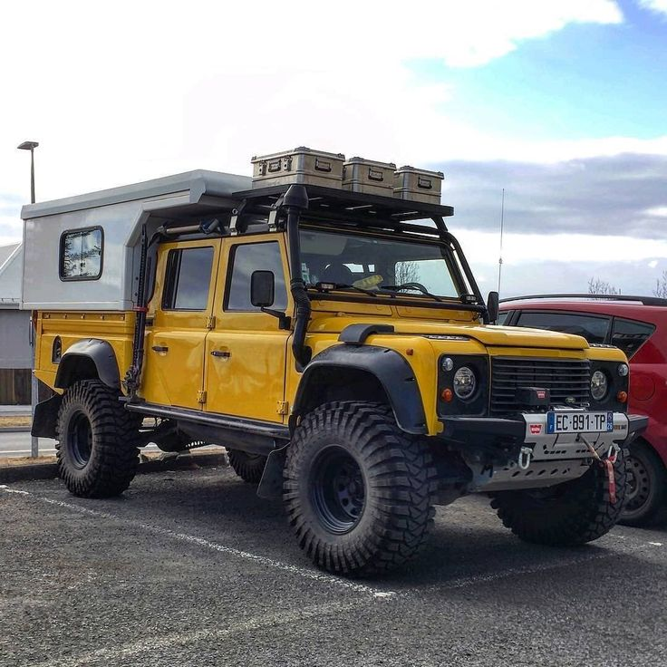 Pin by Threads on Military in 2021 | Land rover defender ...