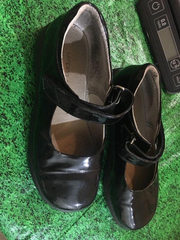 手机壳定制neutral shoes heavy runner Jumping Jacks Black Girls Dress Shoes Size    http  shoes goshoppins com girls shoes jumping jacks black girls dress shoes size