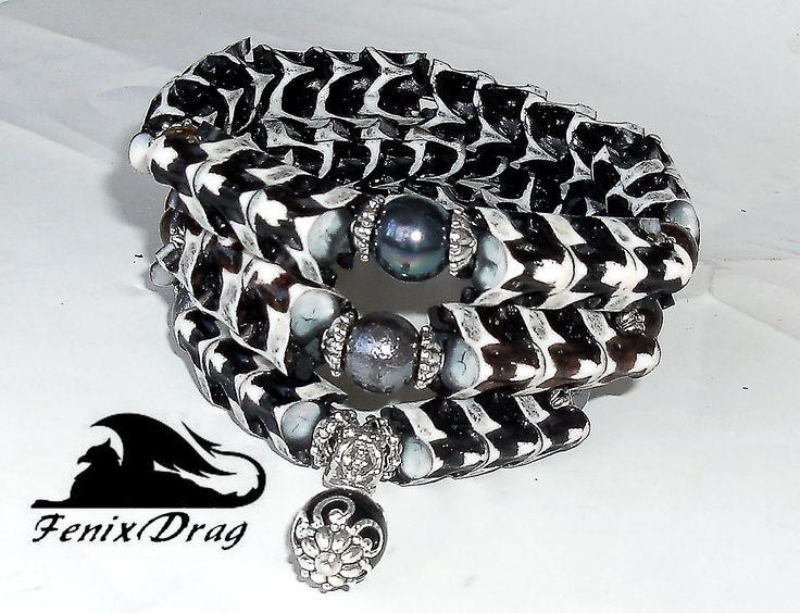 Triple bracelet (set of bangles) made of bone (spine) of this snake (cobra) with pearls http://www.livemaster.com/item/22156111-jewelry-triple-bracelet-set-of-bangles-a-bone-of-this-snake-c http://fdrag.ru/