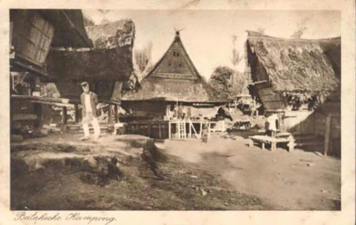 Batak Kampong, Sumatra 1930