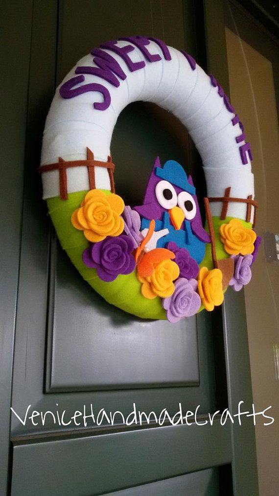 Felt wreath  Mothers Day wreath spring by VeniceHandmadeCrafts