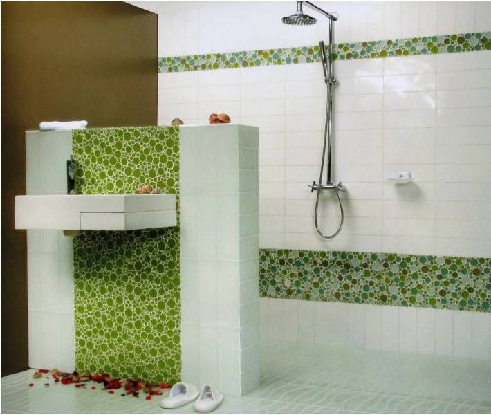 Green Glass Mosaic Tile In Bathroom