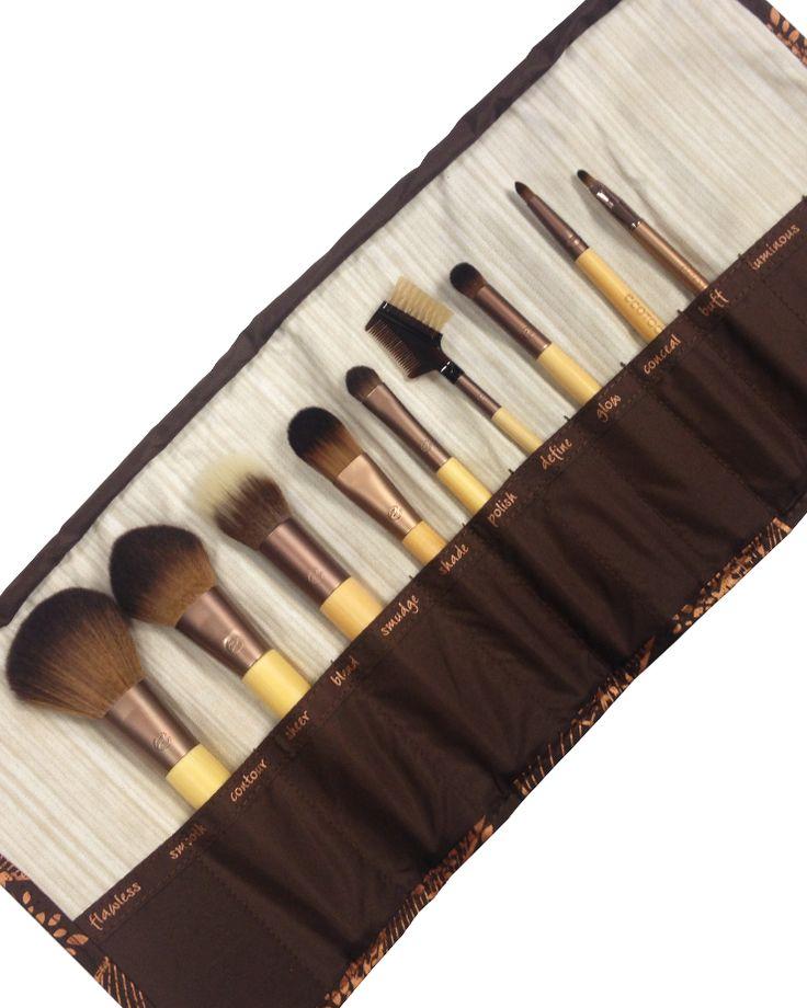 Brush Sets : Exclusive Brush Bundle | EcoTools...these are the brushes I use :)