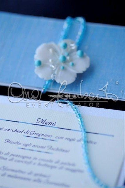 Tavolo imperiale e dettagli luxury chic per un matrimonio mediterraneo