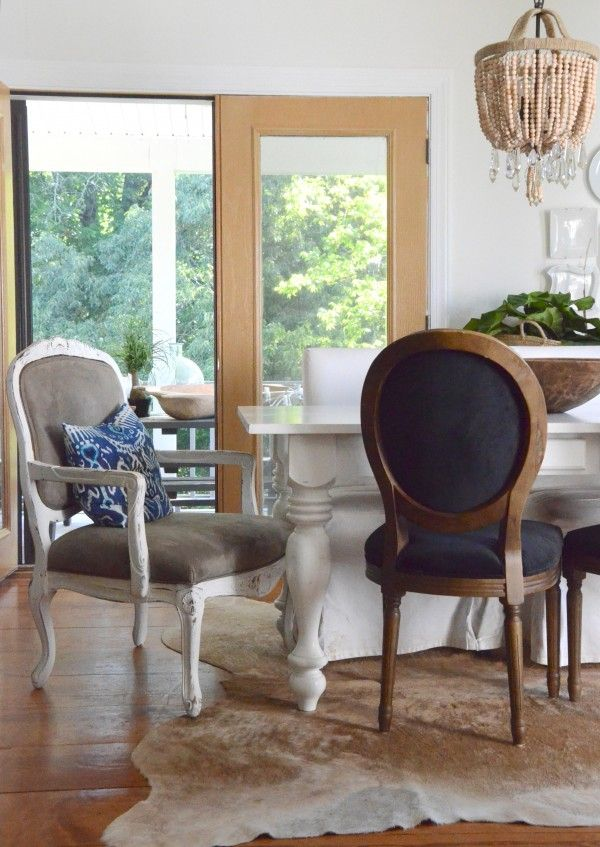 Decorate with mixed up chairs and other small projects to change the feel of a room in only one hour. www.thenester.com: Dining Rooms, Cha Cha Chairs, Woods Chairs, Arm Chairs, Farms, Black Chairs, Blue Chairs, Farmhouse Tables, Color Accents