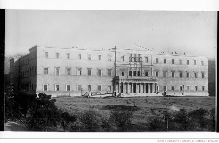 Athènes, le Palais Royal : [photographie de presse] / [Agence Rol]