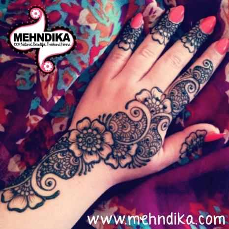 PictureDesign: Joey Henna Art: Joey www.mehndika.com