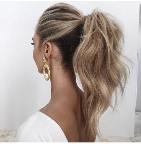 Ponytail inspiration for long hair | Inspiring Ladies