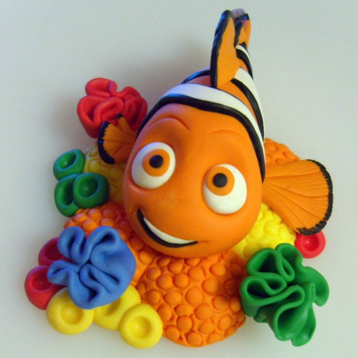 nemo-cake-model-topper.jpg 800×800 pixels - I thought these weren't clay but they are and they're FABULOUS!!! Terrific job!!