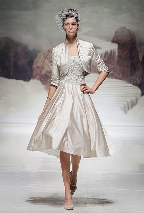 Brides: Ian Stuart - Fall 2015. Wedding dress by Ian Stuart