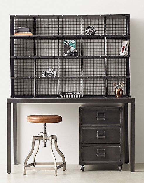 decoration for small bedroom 25 best ideas about industrial desk on pipe 15118