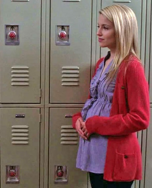 Quinn and Her Glee Season 1 Baby Bump