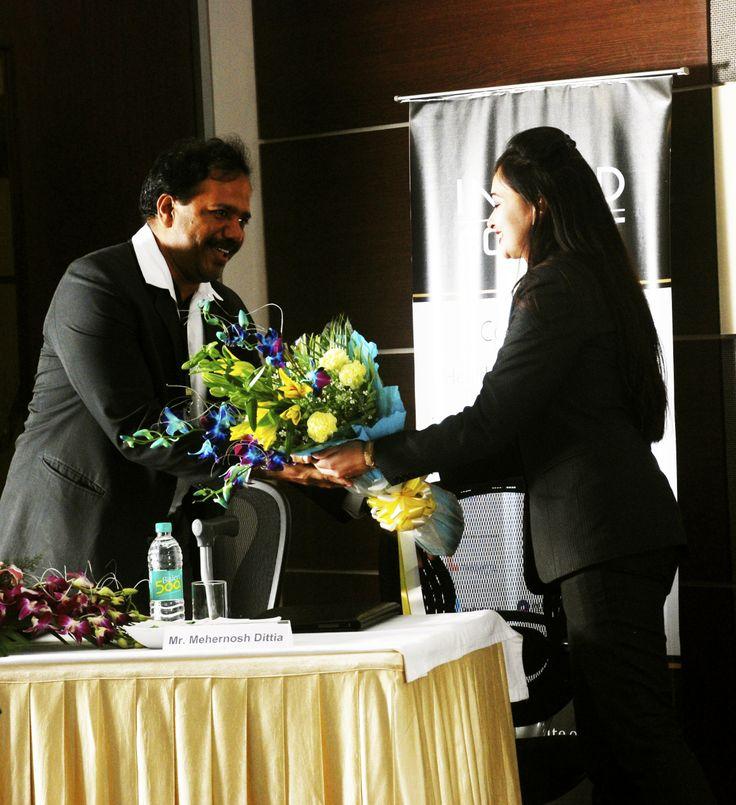 Moderator: Dr.Kapil Garg - Zonal Director, Paras Hospitals