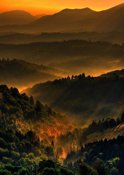 Foothills sunset. : Favorite Places, Dreams, Romanian Traditional, Beautiful Places, Landscape, Beautiful Viewsspacesnatur, Armchairs Travelromania, Photography, Sunsets Sunri