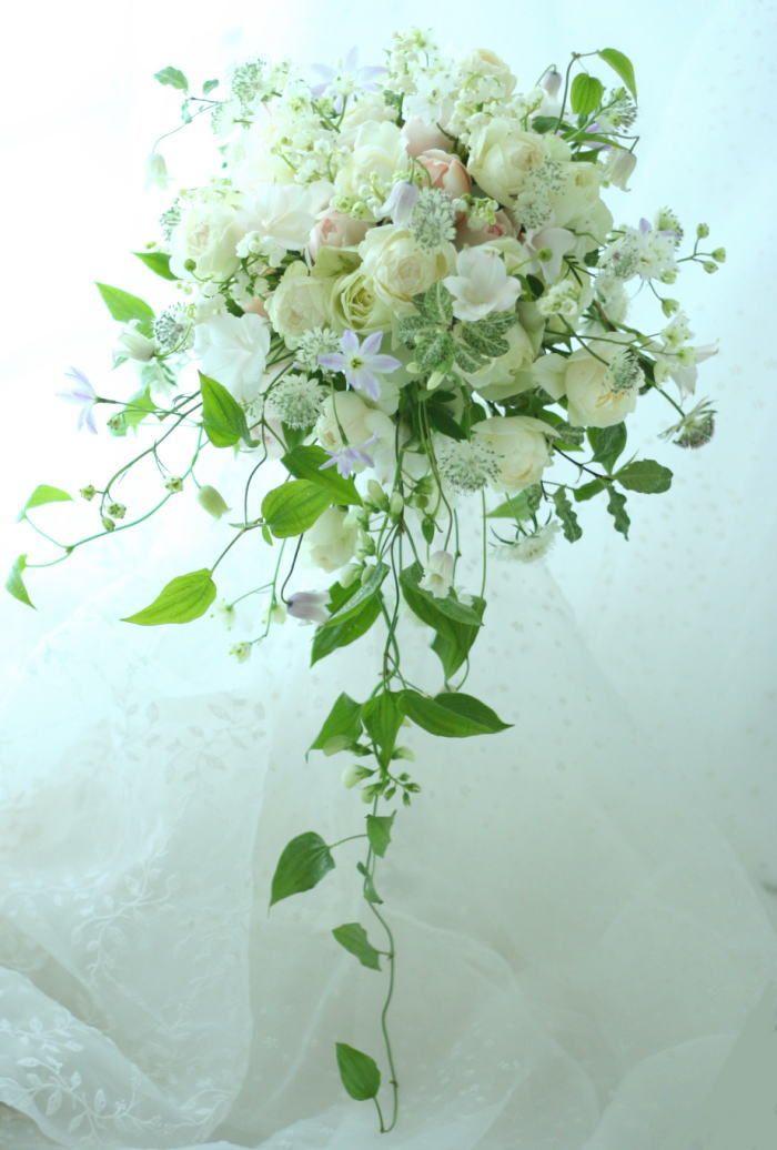 ゆれるキャスケード 6月 ホテルオークラ様への画像:一会 ウエディングの花