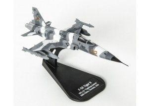 F - 5E Tiger II Italeri 1:100