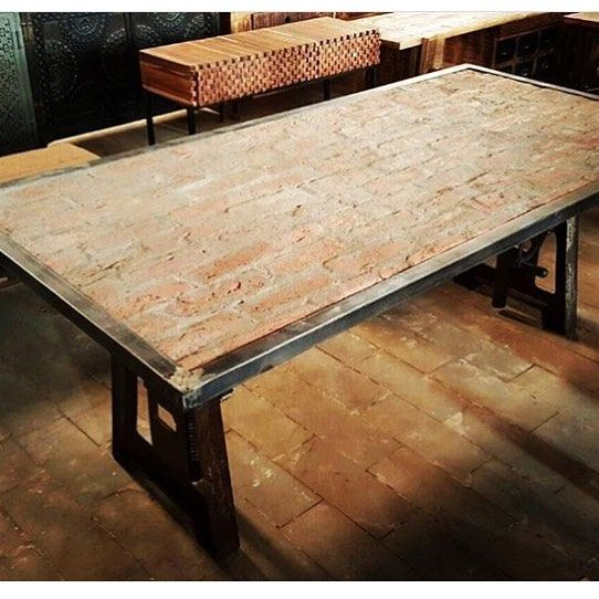Beautiful Another Brick Table {: @banyanconcept} Http://www.VintageBricks.