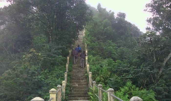 Menuju Puncak Suroloyo, Kulon Progo, DIY