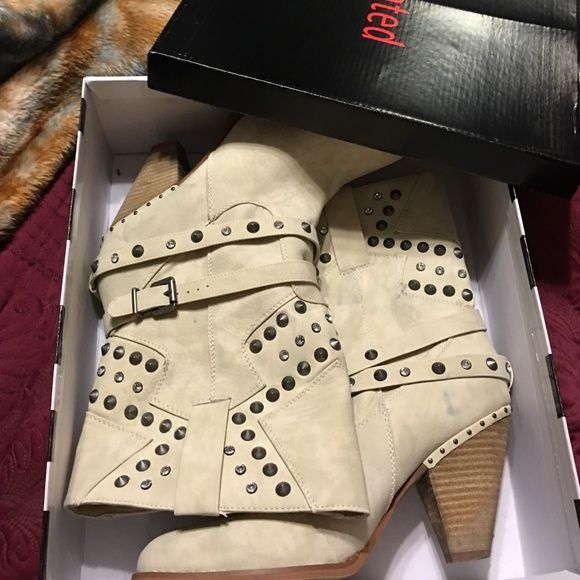 Not Rated Boots Excellent condition worn once. Not rated cream boots with bling. Purchased at Buckle. I will keep these if I cannot get the asking price Not Rated Shoes Heeled Boots