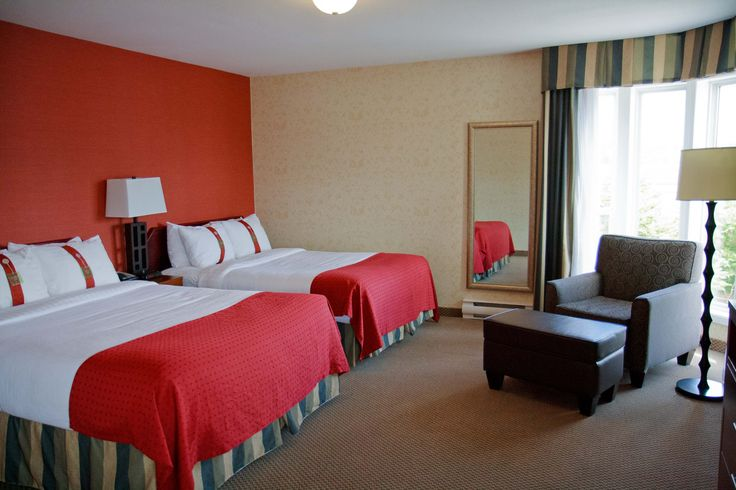 Our one bedroom suite with two comfortable Queen beds, and a beautiful South facing veiw!