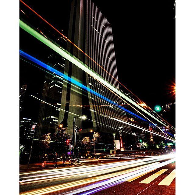 Instagram【suzukijunsuke】さんの写真をピンしています。 《#fhoto #landscape #landscapephotography #fhotography #Japan #新宿 #canon #beautiful #写真 #風景写真 #景色 #tokyocamaraclub #wp_photo_club #lovers_nippon #Japan_Daytime_View #写真撮ってる人と繋がりたい #写真好きな人と繋がりたい #ファインダー越しの私の世界 #絶景 #空 #軌跡 #光 #写真 #1DX #夜景 #新宿区 #東京都 #東京 #ビル》