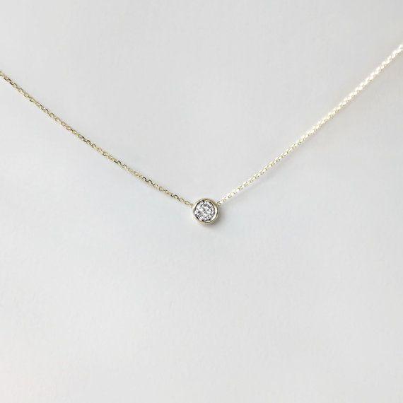 Zarte Solitär-Diamant-Halskette.20 ct 14 k Gold von cestsla auf Etsy