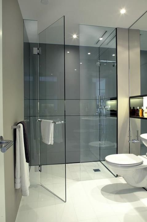 Die besten 25 duschabtrennung ideen auf pinterest - Nischenregal badezimmer ...