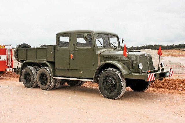 TATRA T141