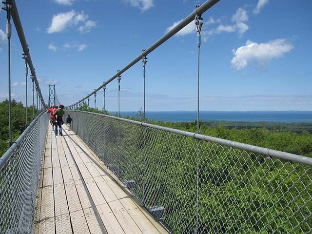 Blue Mountain Collingwood Scenic Caves and Suspension Bridge:  http://www.tripadvisor.com/Attraction_Review-g181754-d308746-Reviews-Scenic_Caves_Nature_Adventures-Collingwood_Ontario.html    http://outings.ca/on/scenic-caves