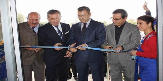 Ev geliştirme ve yapı marketi sektörünün lider markası Praktiker, Ege Bölgesi'ndeki ilk mağazasını bölgenin önemli turizm beldelerinden Datça'da açtı.