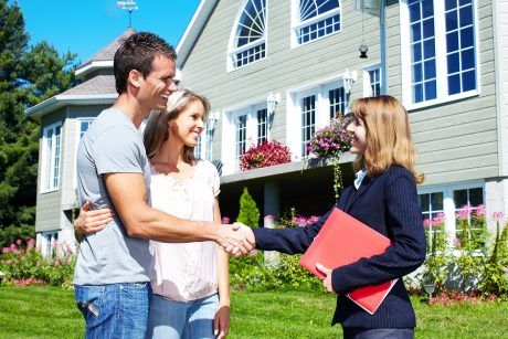 http://soumissionscourtiers.ca/conseils/agent-immobilier-vs-courtier-immobilier/ Agent immobilier VS courtier immobilier au Québec : Différences & avantages?
