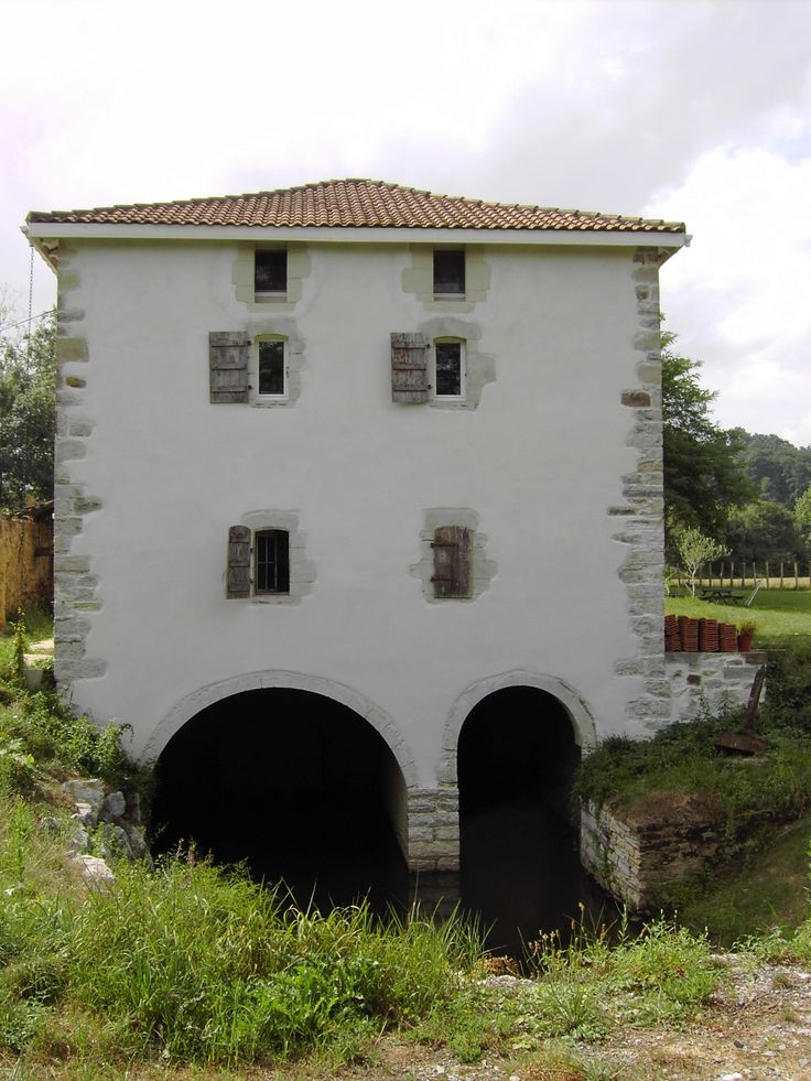 11 best Sobebat images on Pinterest Cement render, Cute house and