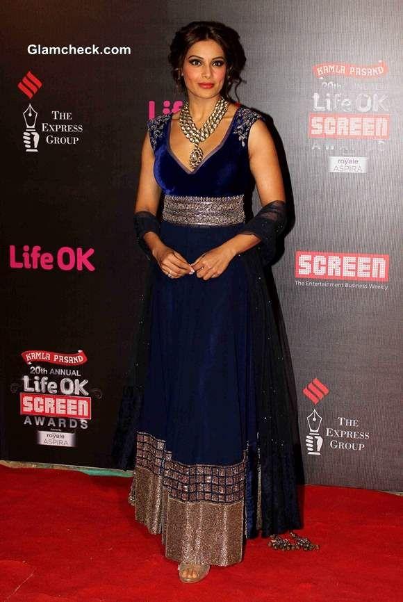 Bipasha Basu in a Blue Anarkali at 2014 Life OK Awards
