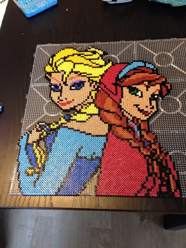 Anna and Elsa - Frozen hama perler beads by Malue Lindgreen