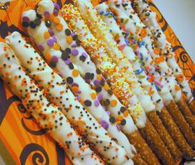 crafty sisters a halloween birthday party - Halloween Birthday Party Ideas