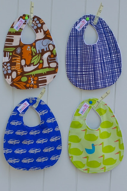 make it perfect: .Sewing for baby: bibs and burp cloths.