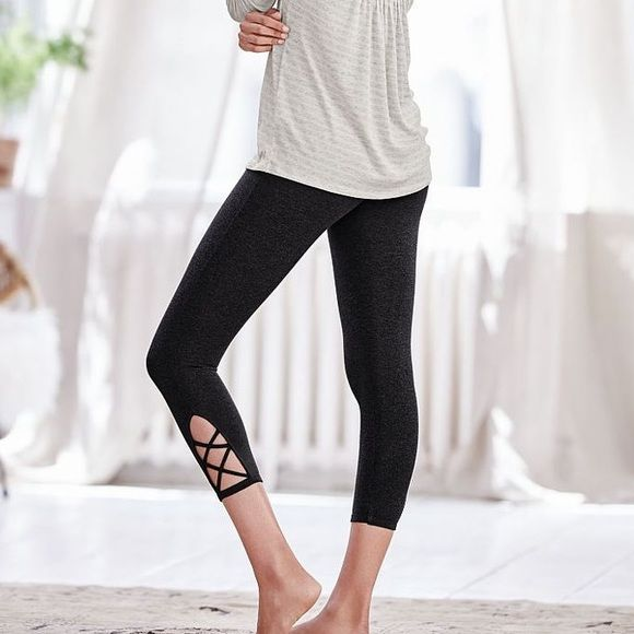The 25  best Capri leggings ideas on Pinterest | Fitness gear, Gym ...